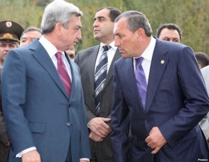 Serge Sarkisian, left, and Surik Khachatryan (Photolur photo)